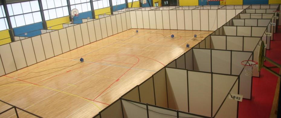 Aménagement d'un gymnase avec des mudles de 9m2 en stands mélaminés