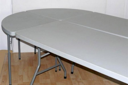 Table ovale composable